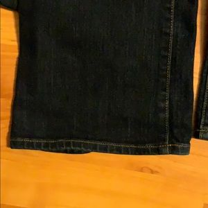 Old Navy Jeans - Old Navy Curvy Barely Boot Jeans Size 6 Long